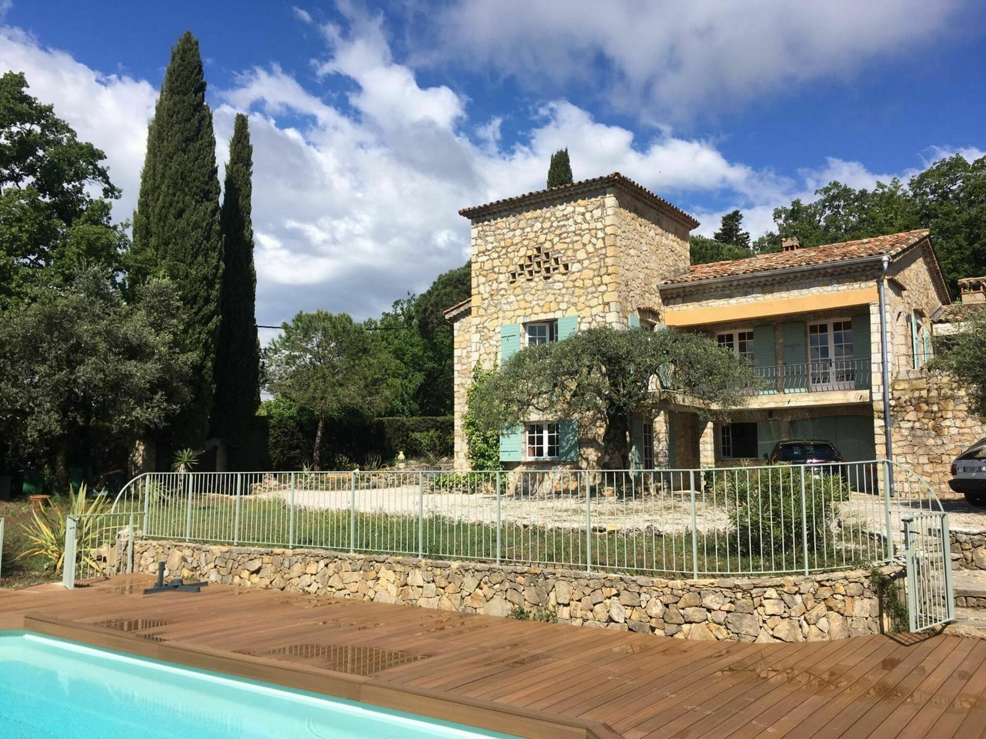 Le Collet Villa Vacation Rental | Les Bartavelles that sleeps 10